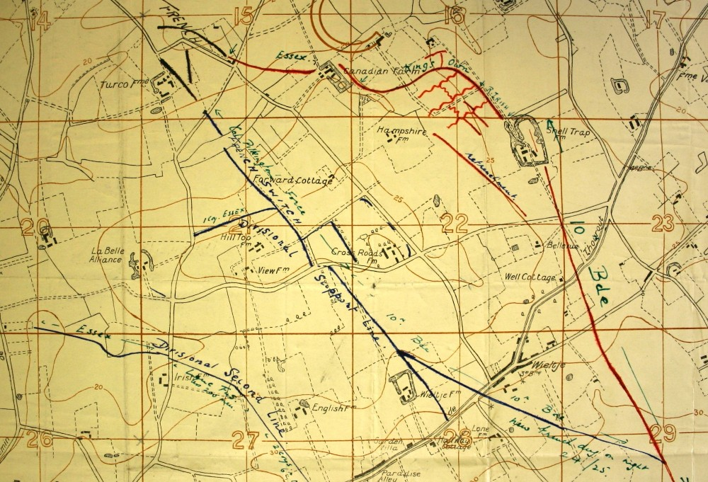 Trench map of positions around Shell Trap Farm. Red lines show the trench positions prior to the 24 May gas attack whilst the blue lines correspond to final positions after the attack. Image taken from 4th Division General Staff HQ May 1915 War Diary (NA Ref: WO95/1442) and is reproduced with permission from the National Archives.